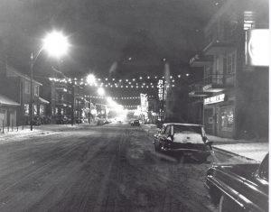 Rue Maguire de nuit