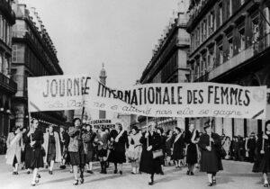 Défilé pour la journée internationale des femmes